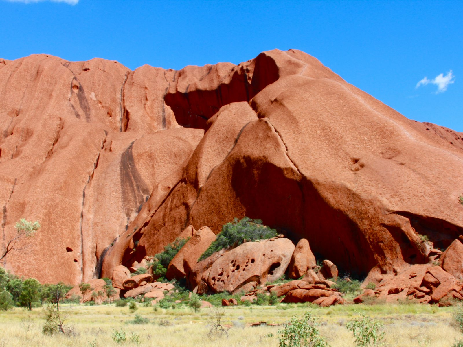 Uluru (Ayers Rock) crevices